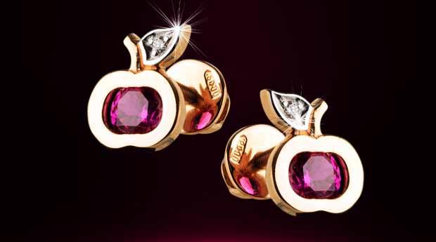 ff38c4fead1f Во все времена ювелирные украшения из золота позволяли представительницам  прекрасной половины человечества способ преподнести собственную  индивидуальность.